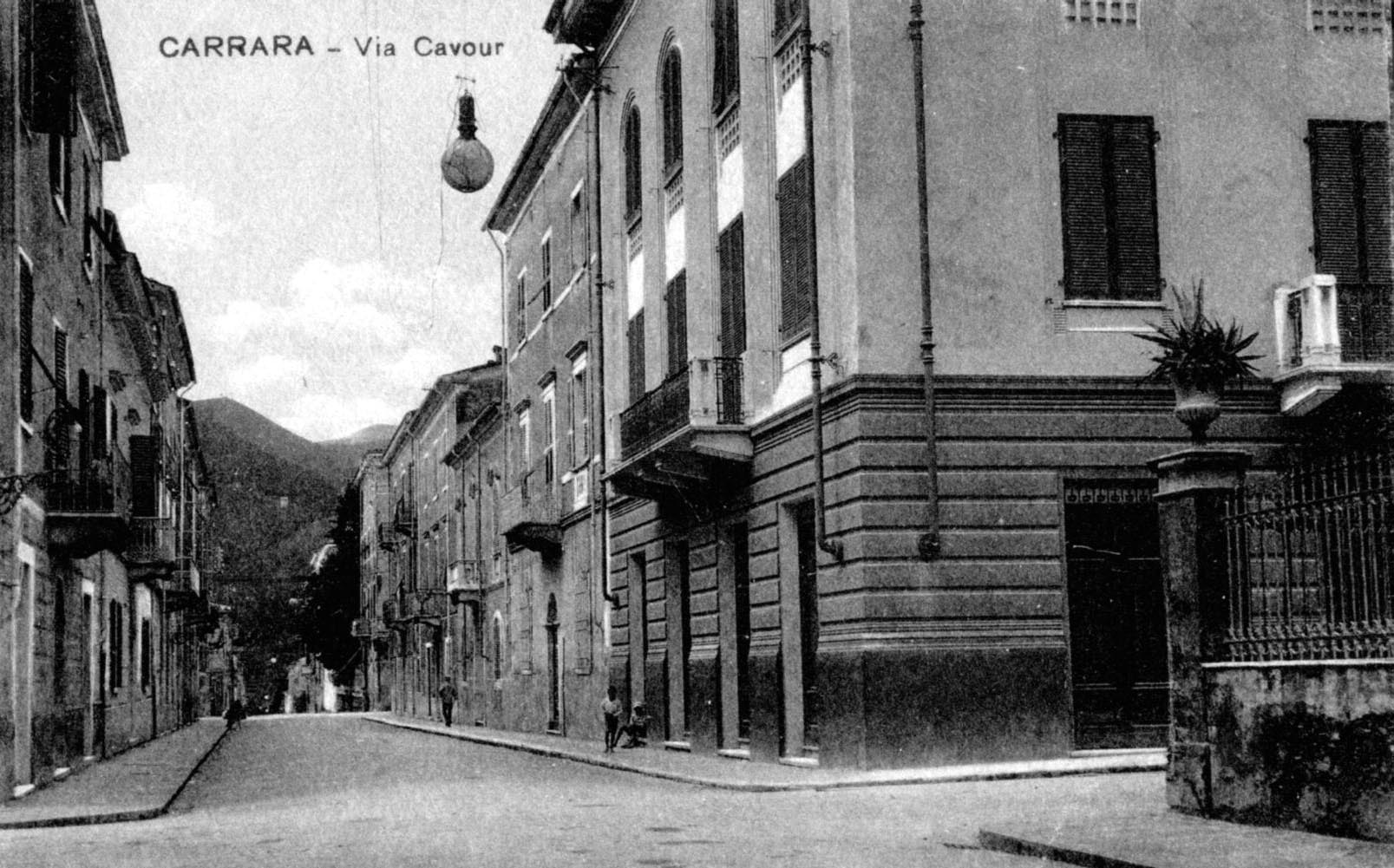 aq via Cavour