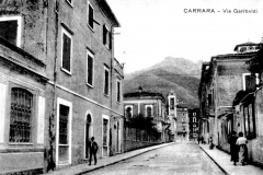 at via Garibaldi verso il Carmine
